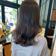 ナチュラル 韓国ヘア オリーブアッシュ オリーブベージュ ヘアスタイルや髪型の写真・画像