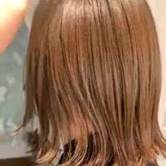 大人ハイライト 切りっぱなしボブ デートヘア ミディアム ヘアスタイルや髪型の写真・画像