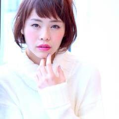丸顔 ショート 簡単 ナチュラル ヘアスタイルや髪型の写真・画像