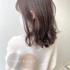大人ハイライト フェミニン グレージュ セミロング ヘアスタイルや髪型の写真・画像