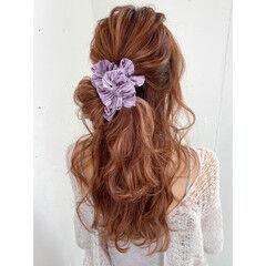 ロング ヘアアレンジ ハーフアップ ナチュラル ヘアスタイルや髪型の写真・画像