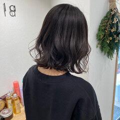 ミディアム 波ウェーブ ウェーブ ワンカール ヘアスタイルや髪型の写真・画像