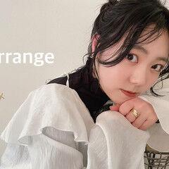 お団子アレンジ セミロング ヘアアレンジ 暗髪 ヘアスタイルや髪型の写真・画像