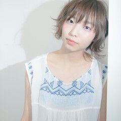 大人かわいい 外国人風 ブルーアッシュ レディース ヘアスタイルや髪型の写真・画像
