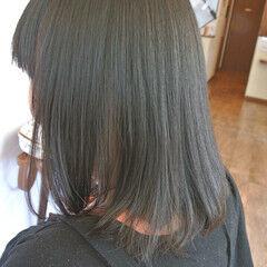 セミロング 縮毛矯正 パーマ ナチュラル ヘアスタイルや髪型の写真・画像
