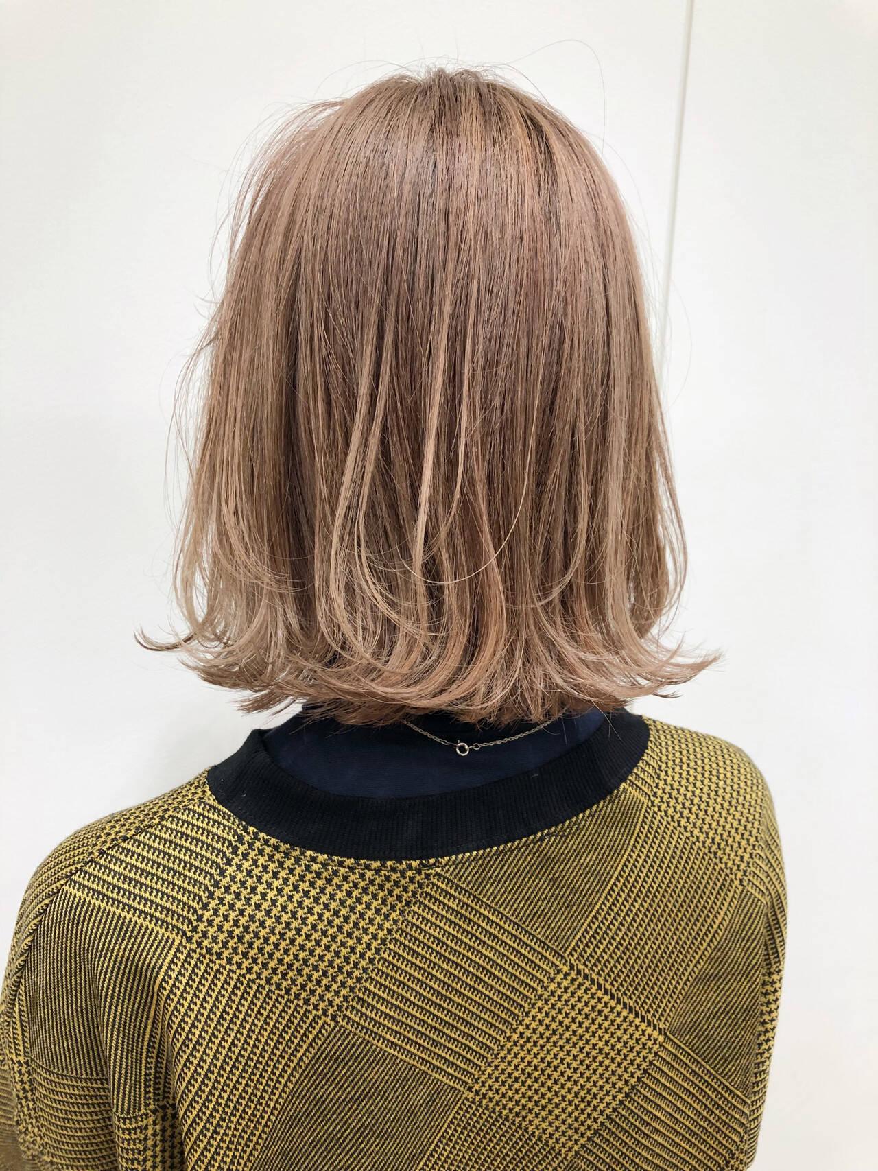 透明感 ブリーチ フェミニン ブリーチオンカラーヘアスタイルや髪型の写真・画像