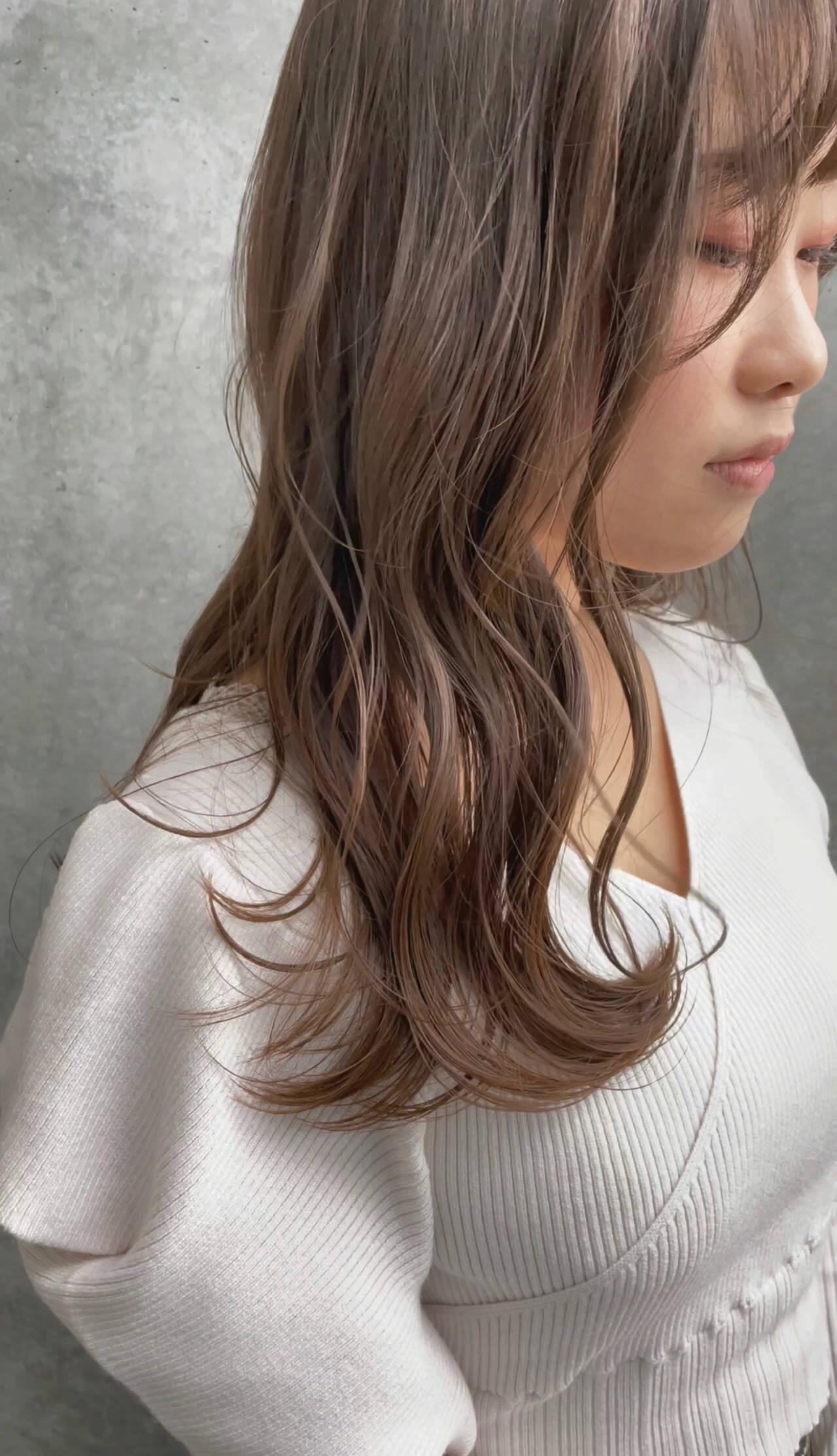 レイヤーカット ナチュラル ヘアアレンジ ブリーチなしヘアスタイルや髪型の写真・画像