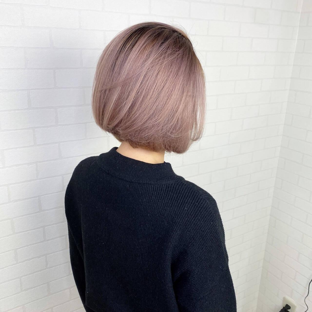 切りっぱなしボブ 透明感カラー バレイヤージュ グラデーションヘアスタイルや髪型の写真・画像