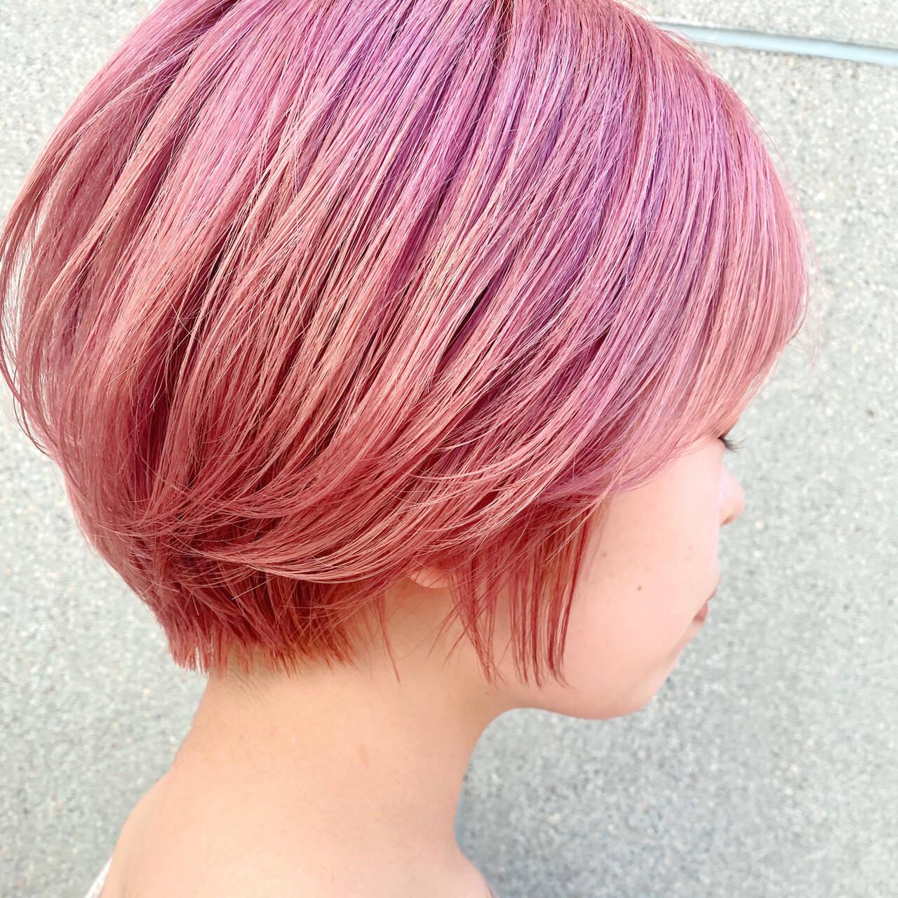 ショート ナチュラル ショートボブ 透明感カラーヘアスタイルや髪型の写真・画像