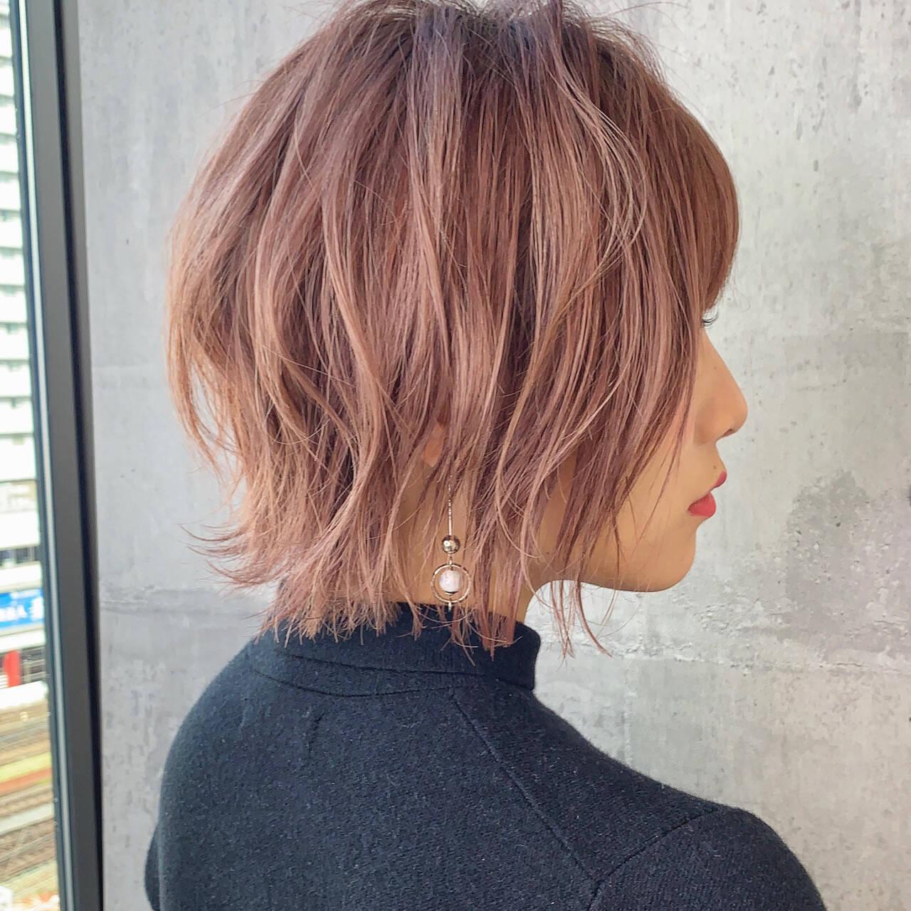 イルミナカラー ショート ナチュラル ショートボブヘアスタイルや髪型の写真・画像