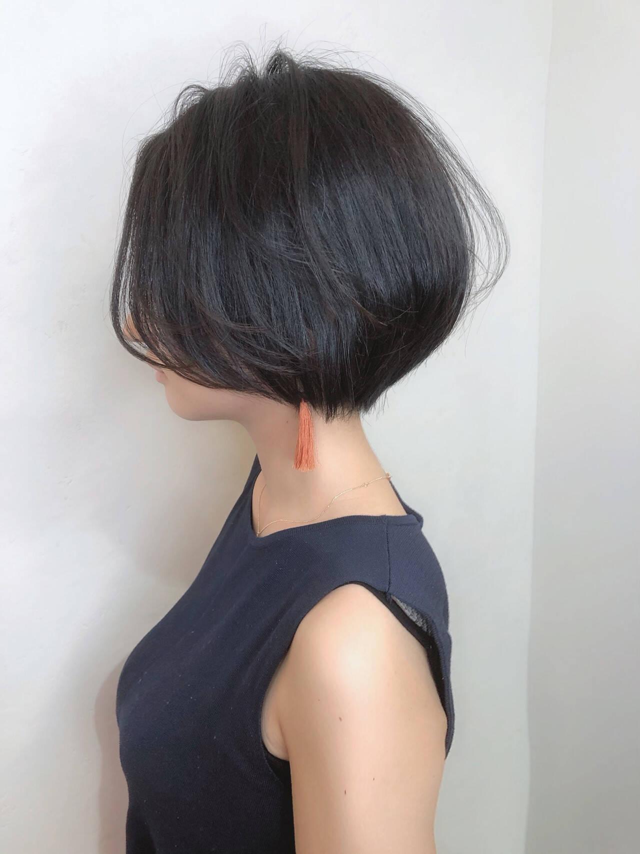 ショート モード ショートボブ 小顔ショートヘアスタイルや髪型の写真・画像