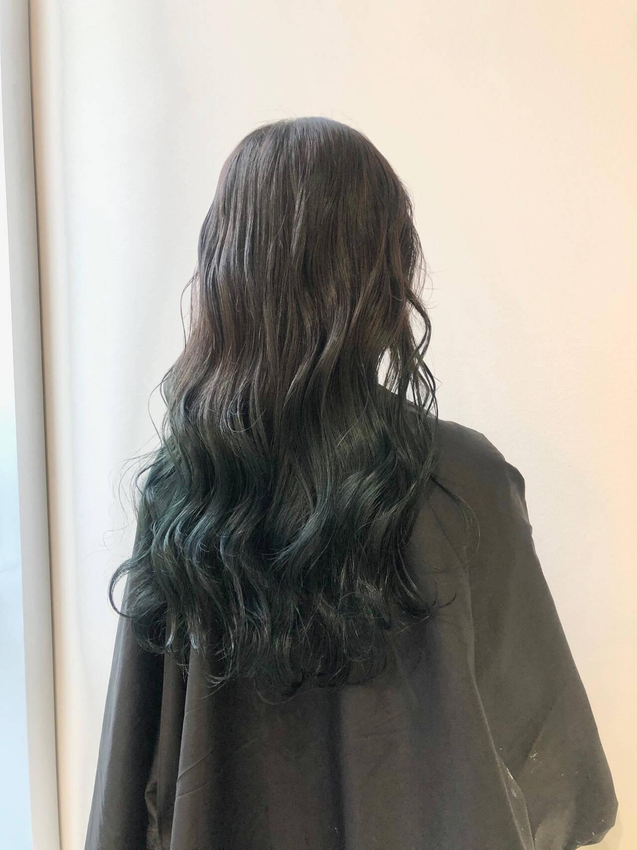 ロング モード ブルージュ ブルーヘアスタイルや髪型の写真・画像