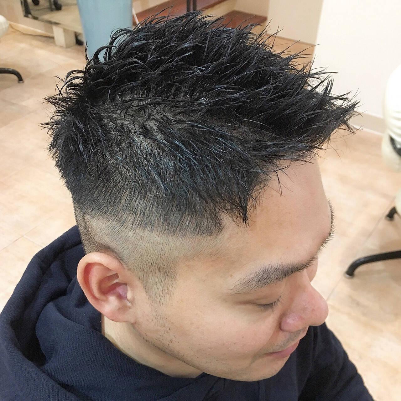 ショート ストリート ツーブロック 刈り上げヘアスタイルや髪型の写真・画像