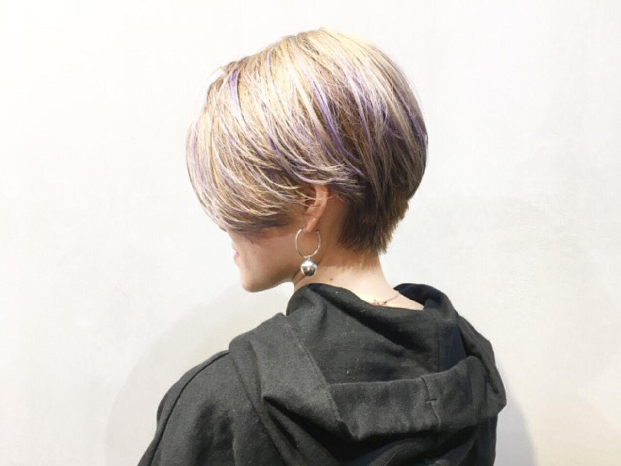 アッシュグレージュ ショート ストリート ショートヘアヘアスタイルや髪型の写真・画像