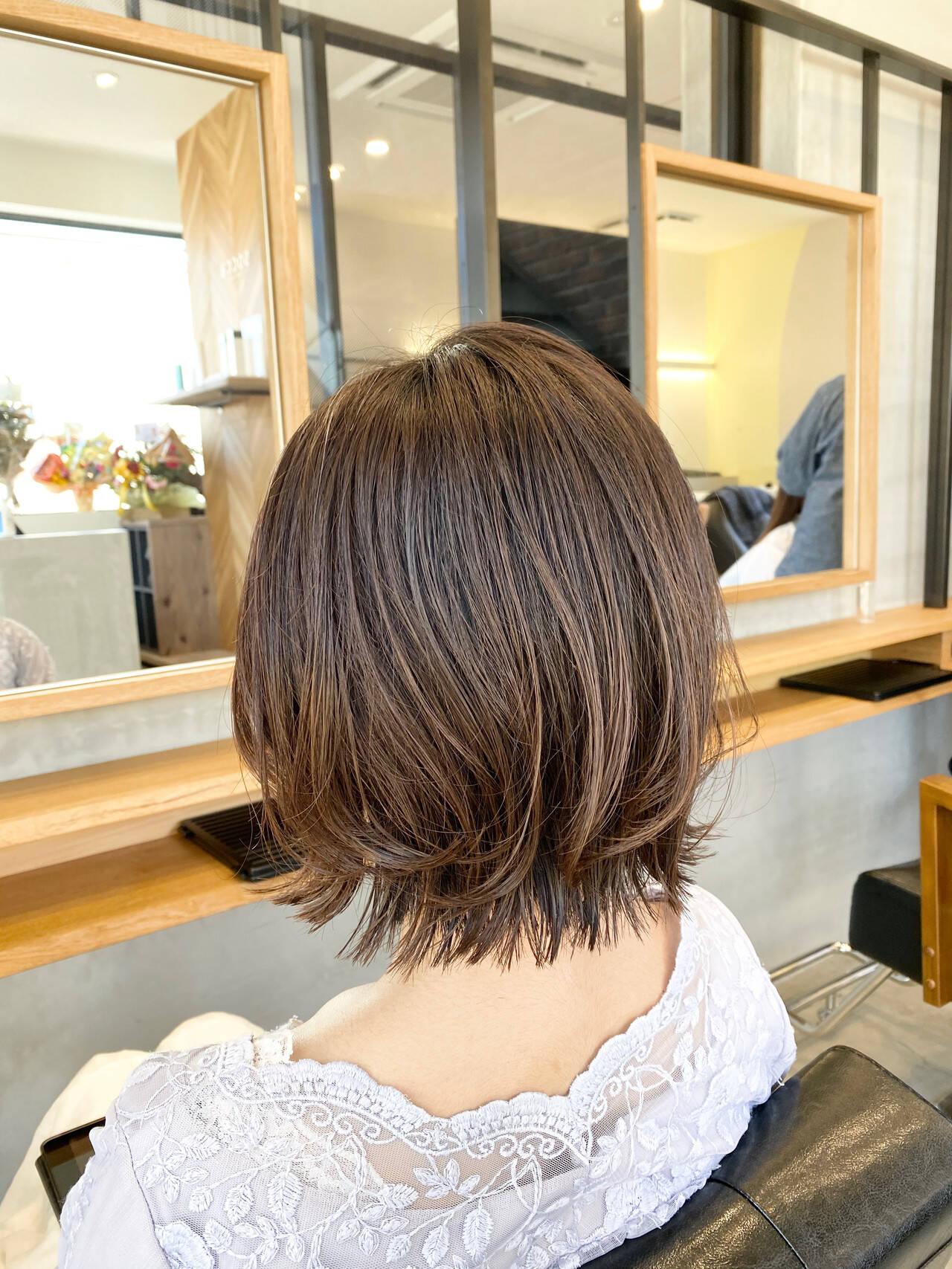 レイヤースタイル ボブ レイヤーボブ 切りっぱなしボブヘアスタイルや髪型の写真・画像