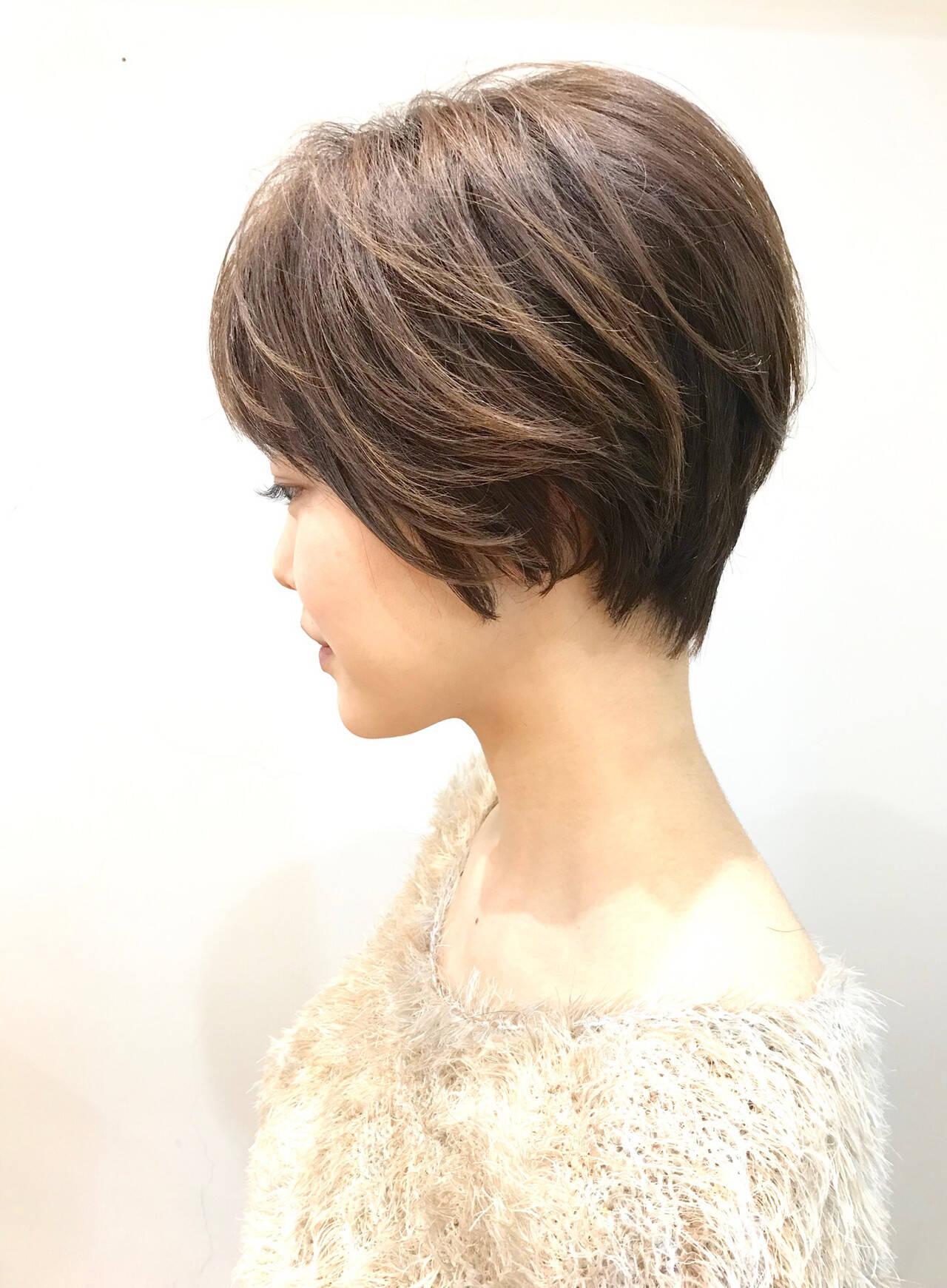 小顔ショート ショートボブ ショート ナチュラルヘアスタイルや髪型の写真・画像