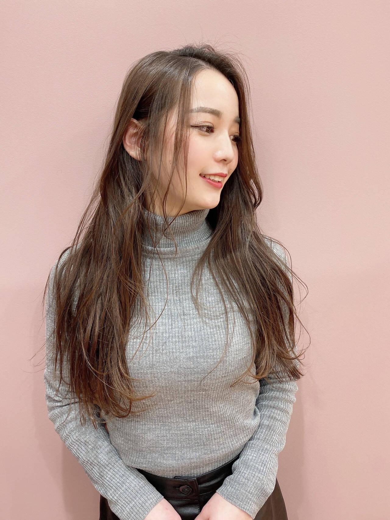可愛い ナチュラル 艶髪 波巻きヘアスタイルや髪型の写真・画像