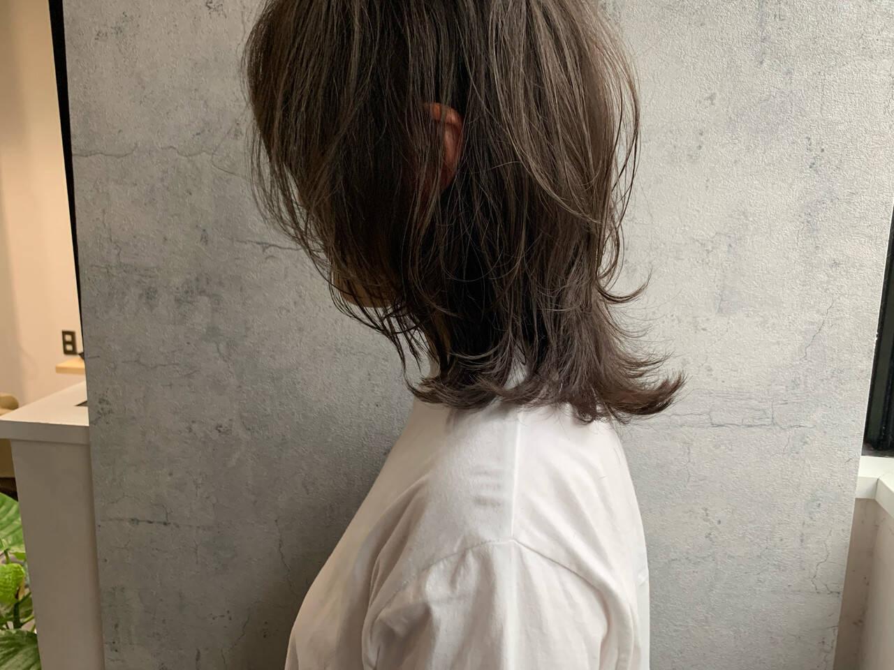 くびれボブ ニュアンスウルフ ミディアム ウルフカットヘアスタイルや髪型の写真・画像