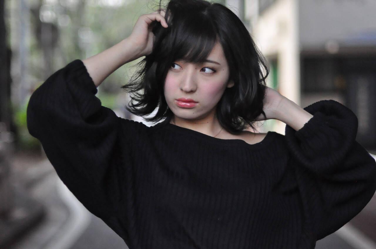 簡単ヘアアレンジ 黒髪 ナチュラル 透明感カラーヘアスタイルや髪型の写真・画像