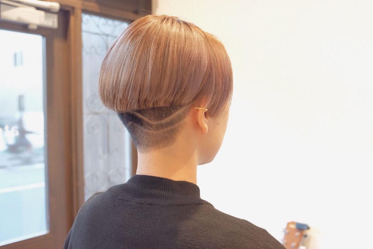 小顔ショート ショート 刈り上げショート モードヘアスタイルや髪型の写真・画像