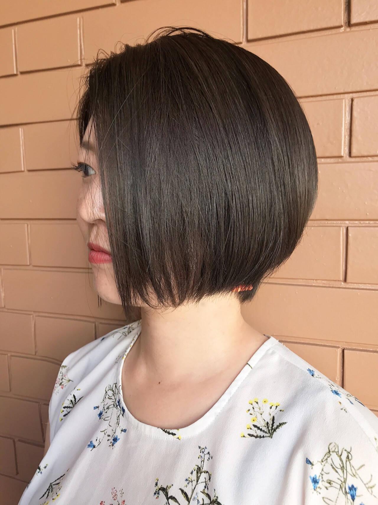 ガーリー ボブ 透明感カラー ストレートヘアスタイルや髪型の写真・画像