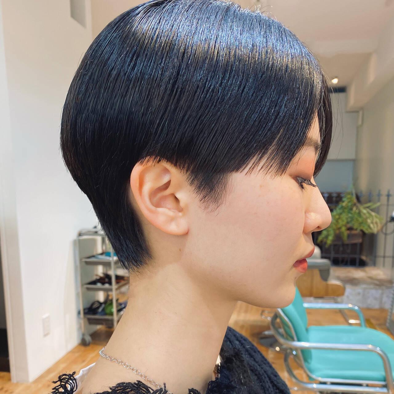 ミニボブ 黒髪ショート ベリーショート ショートヘアヘアスタイルや髪型の写真・画像