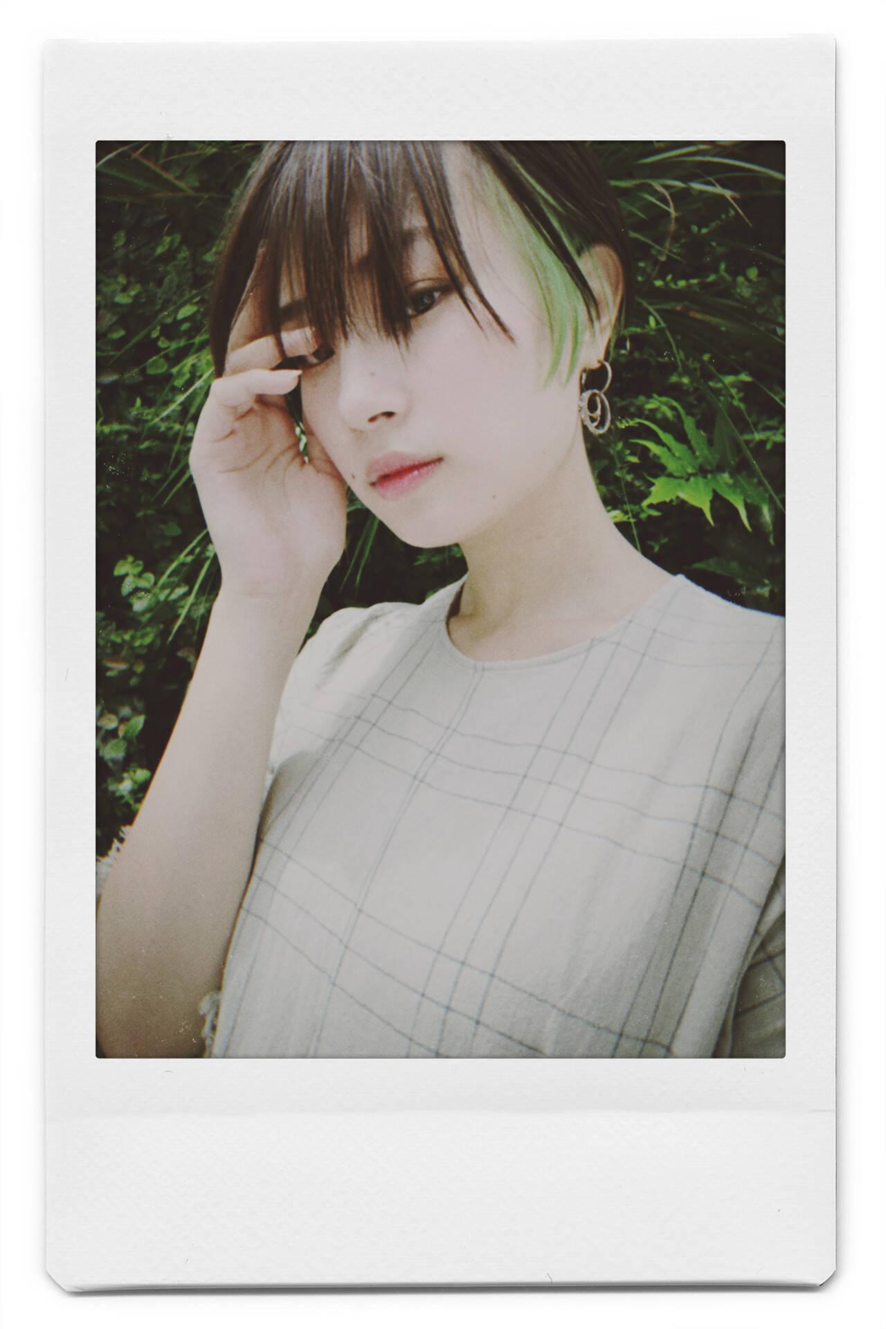ナチュラル 阿藤俊也 PEEK-A-BOO ハンサムショートヘアスタイルや髪型の写真・画像