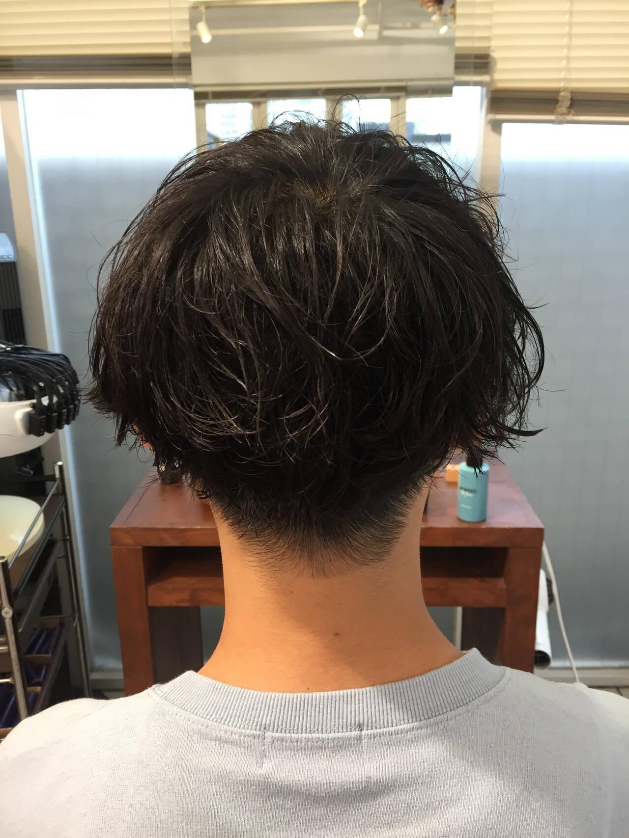 ショート メンズパーマ メンズ メンズマッシュヘアスタイルや髪型の写真・画像