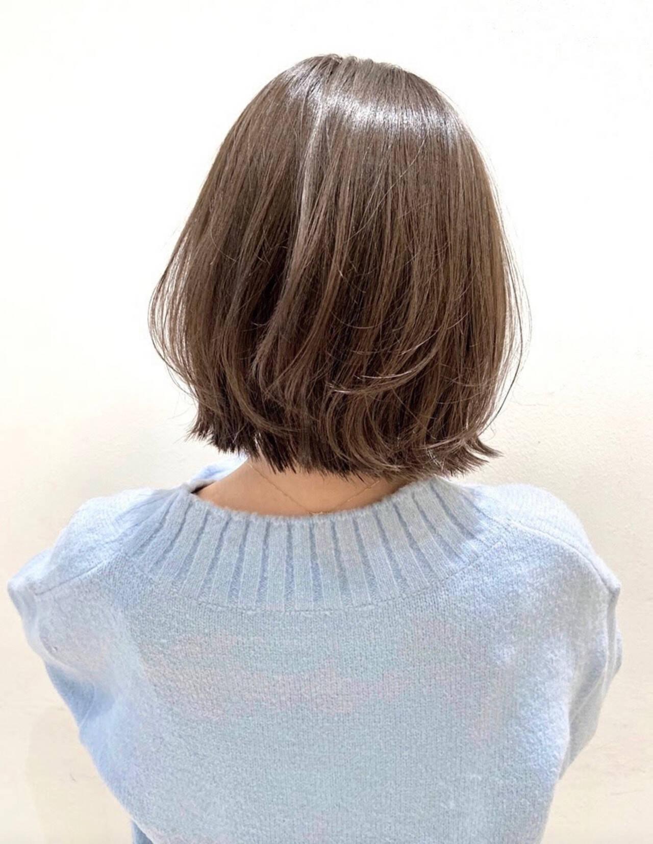 シアーベージュ 3Dハイライト 極細ハイライト アッシュグレージュヘアスタイルや髪型の写真・画像