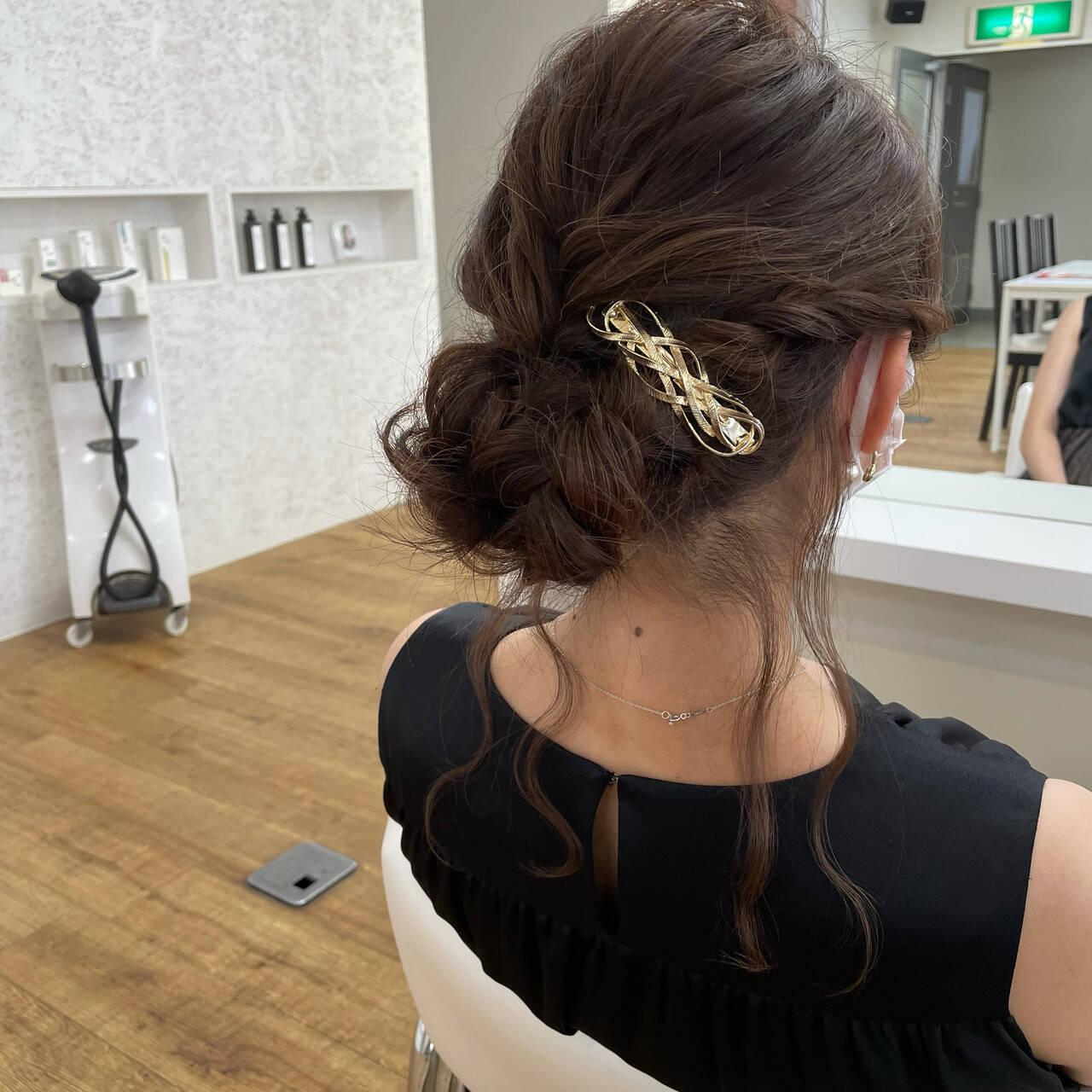 大人ミディアム フェミニン お呼ばれヘア 結婚式ヘアアレンジヘアスタイルや髪型の写真・画像