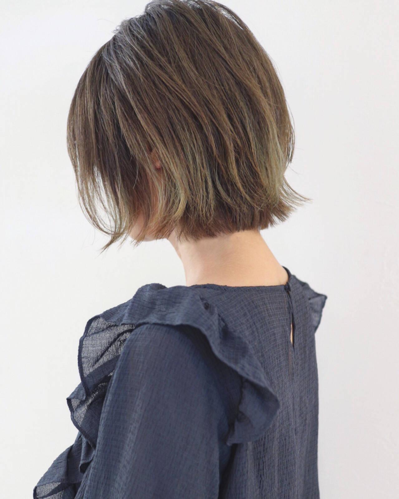 バレイヤージュ ハイライト グラデーションカラー 外ハネヘアスタイルや髪型の写真・画像