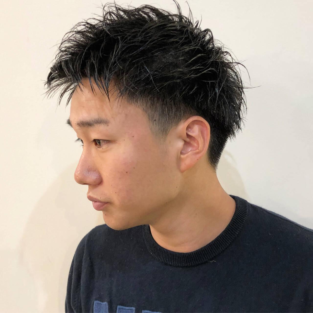 メンズパーマ ストリート メンズスタイル 刈り上げショートヘアスタイルや髪型の写真・画像