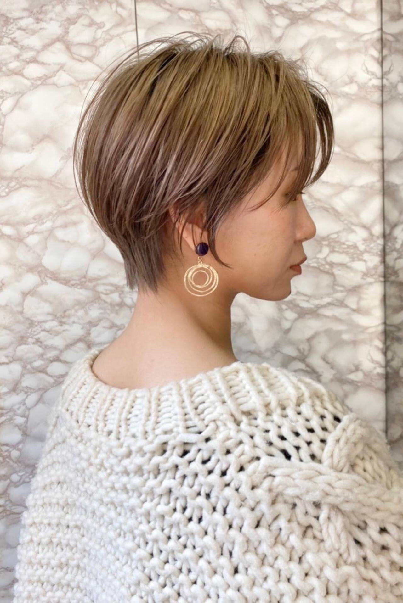ナチュラル ショートヘアスタイルや髪型の写真・画像