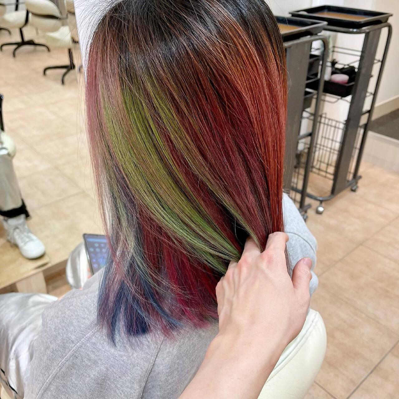 ミディアム ブリーチ ハデ髪 ユニコーンカラーヘアスタイルや髪型の写真・画像
