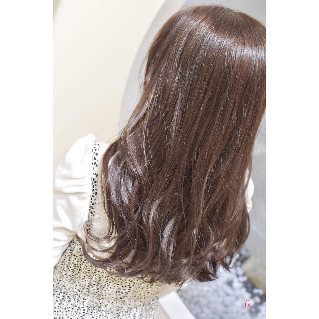ロング ナチュラルブラウンカラー 韓国ヘア ナチュラルヘアスタイルや髪型の写真・画像