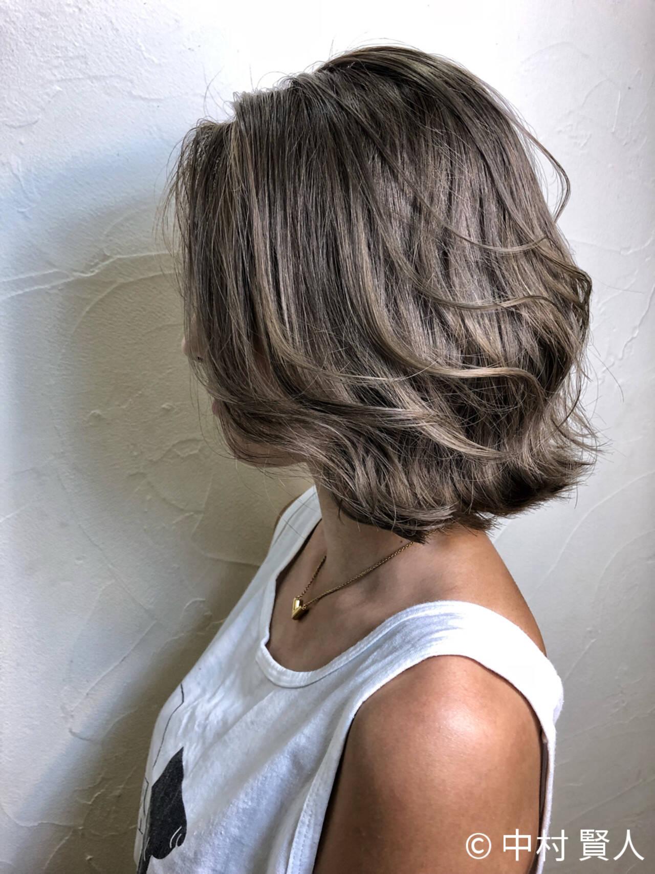 外国人風カラー アッシュ ボブ ダブルカラーヘアスタイルや髪型の写真・画像