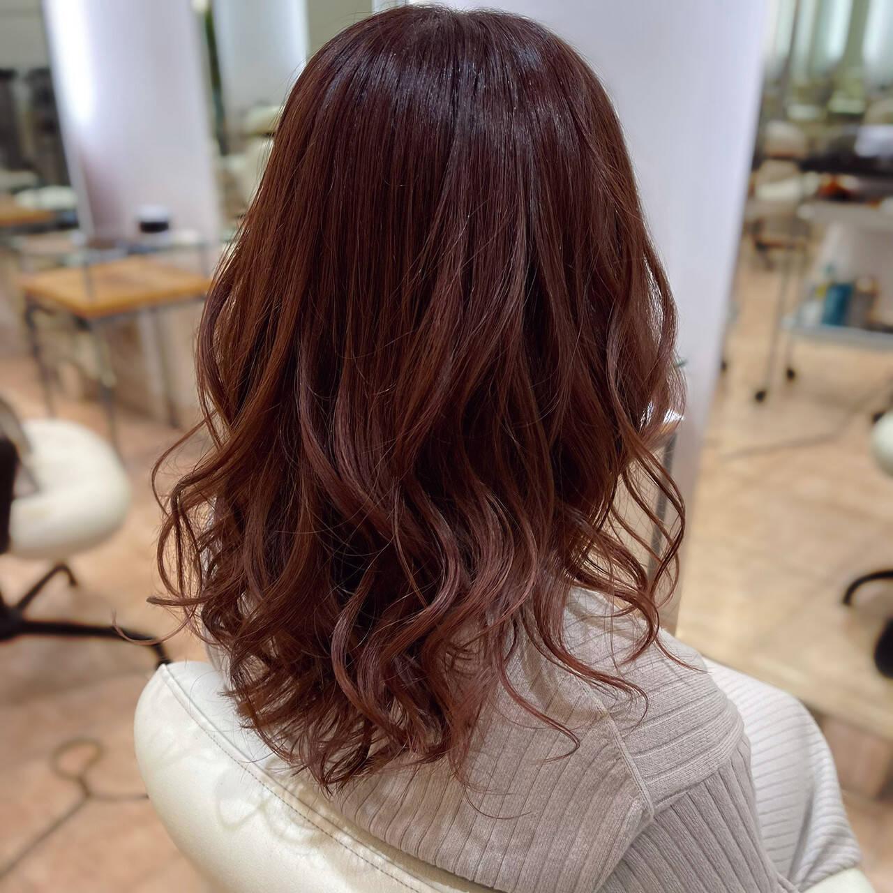 エレガント チェリー コーラル コーラルピンクヘアスタイルや髪型の写真・画像
