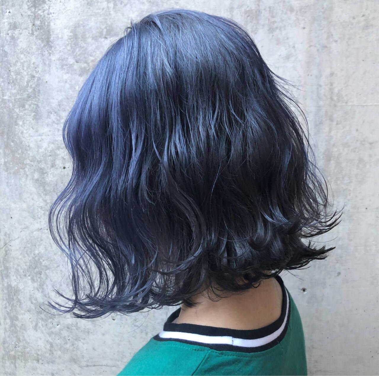 ストリート ブルーブラック 外国人風カラー ネイビーヘアスタイルや髪型の写真・画像