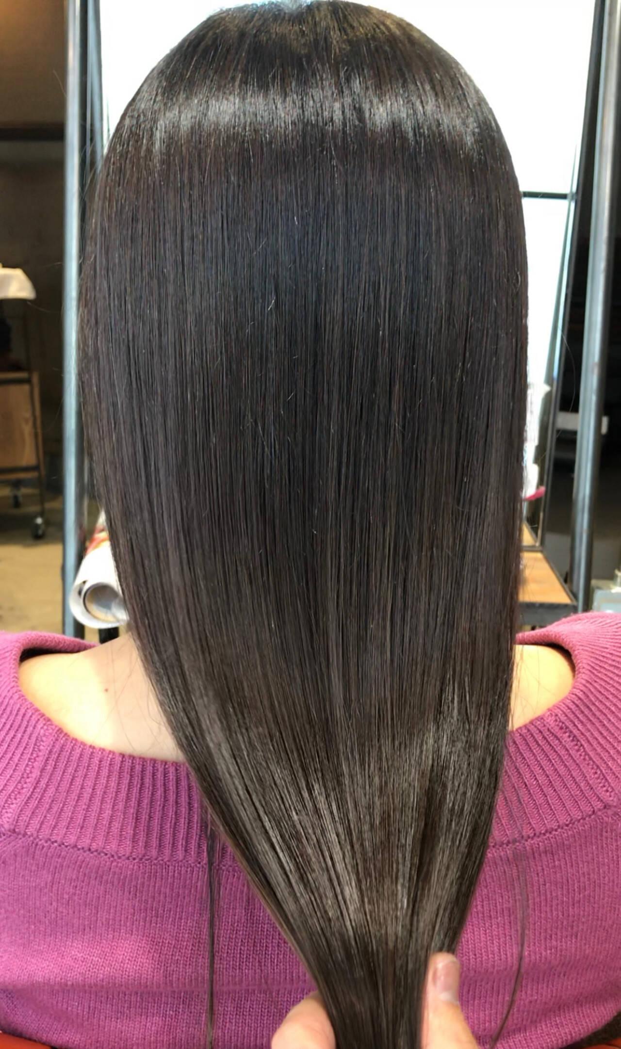 ロング oggiotto ミルクティーグレージュ 透明感カラーヘアスタイルや髪型の写真・画像