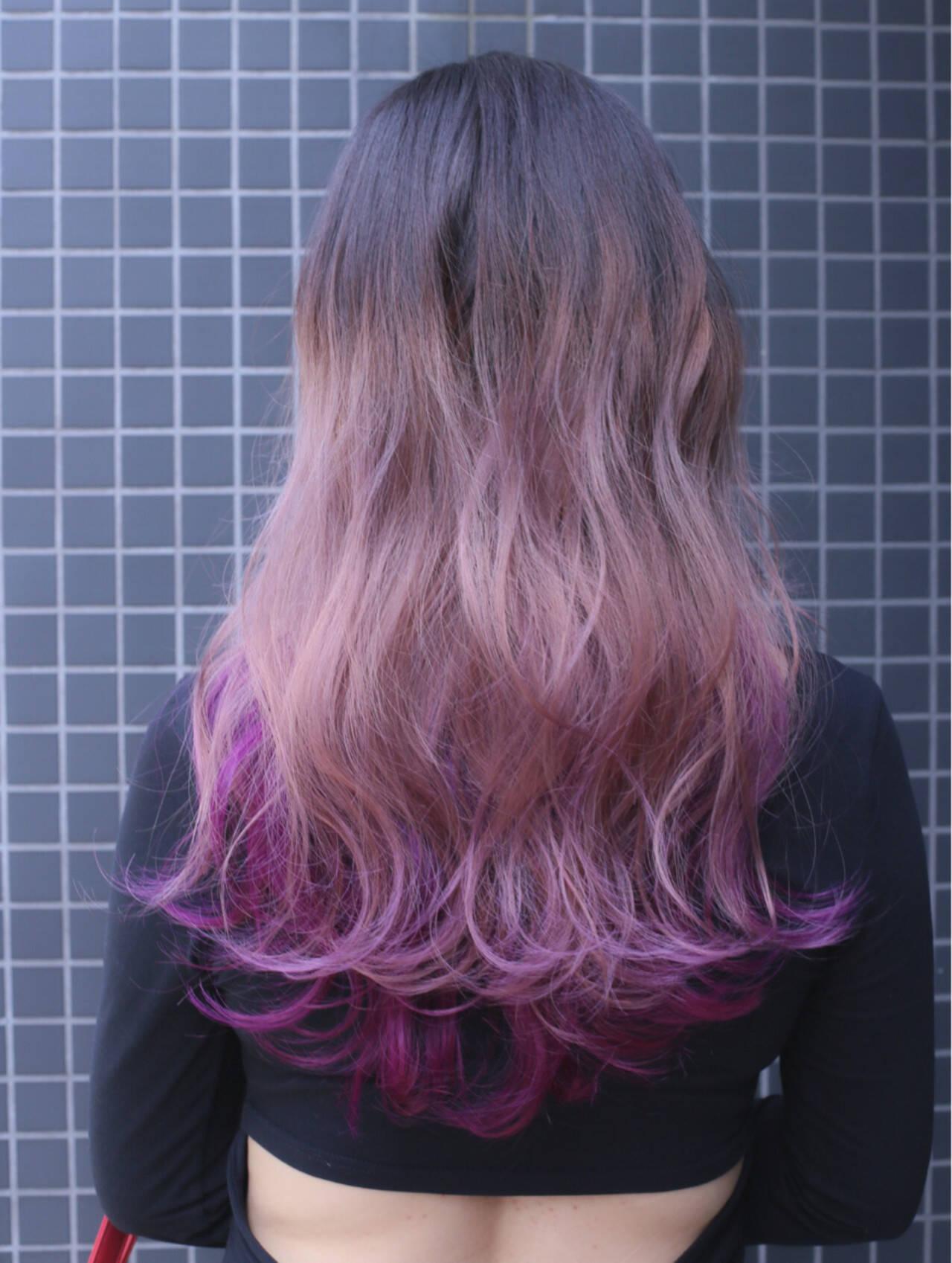 ストリート ブリーチ ロング グラデーションカラーヘアスタイルや髪型の写真・画像