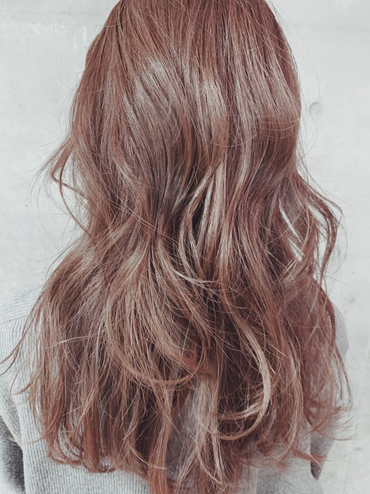 レイヤーカット 大人ハイライト 大人ヘアスタイル スライシングハイライトヘアスタイルや髪型の写真・画像