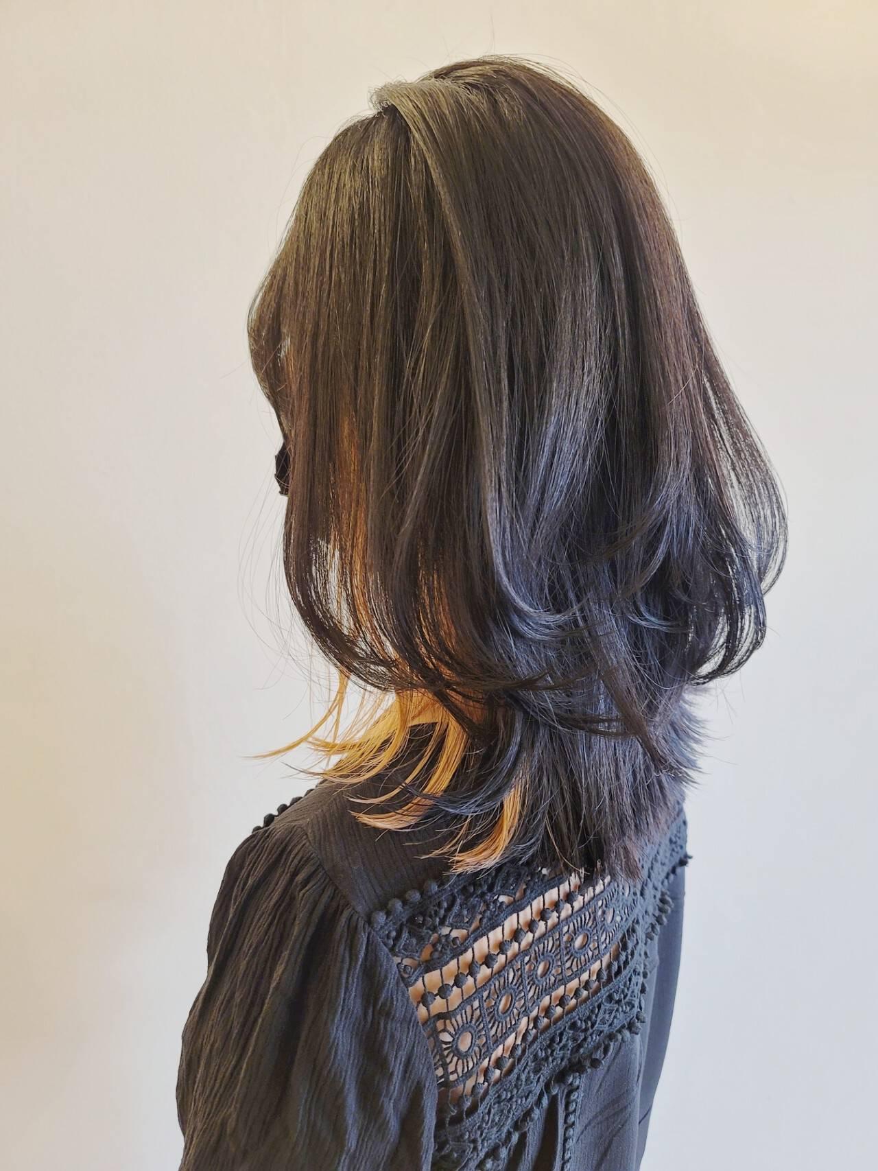 ヘアカット ナチュラル ウルフカット レイヤーカットヘアスタイルや髪型の写真・画像