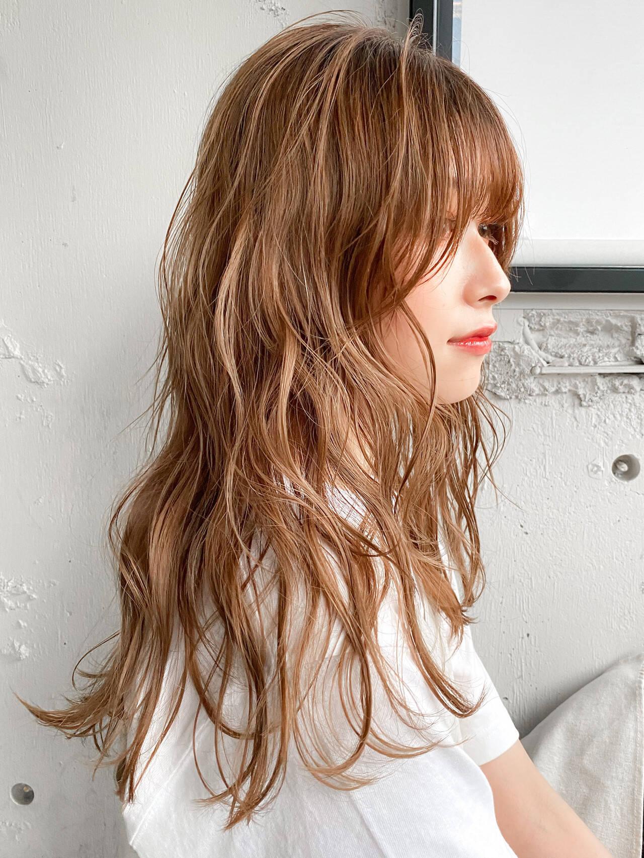 ナチュラル ミディアム デジタルパーマ ゆるふわパーマヘアスタイルや髪型の写真・画像