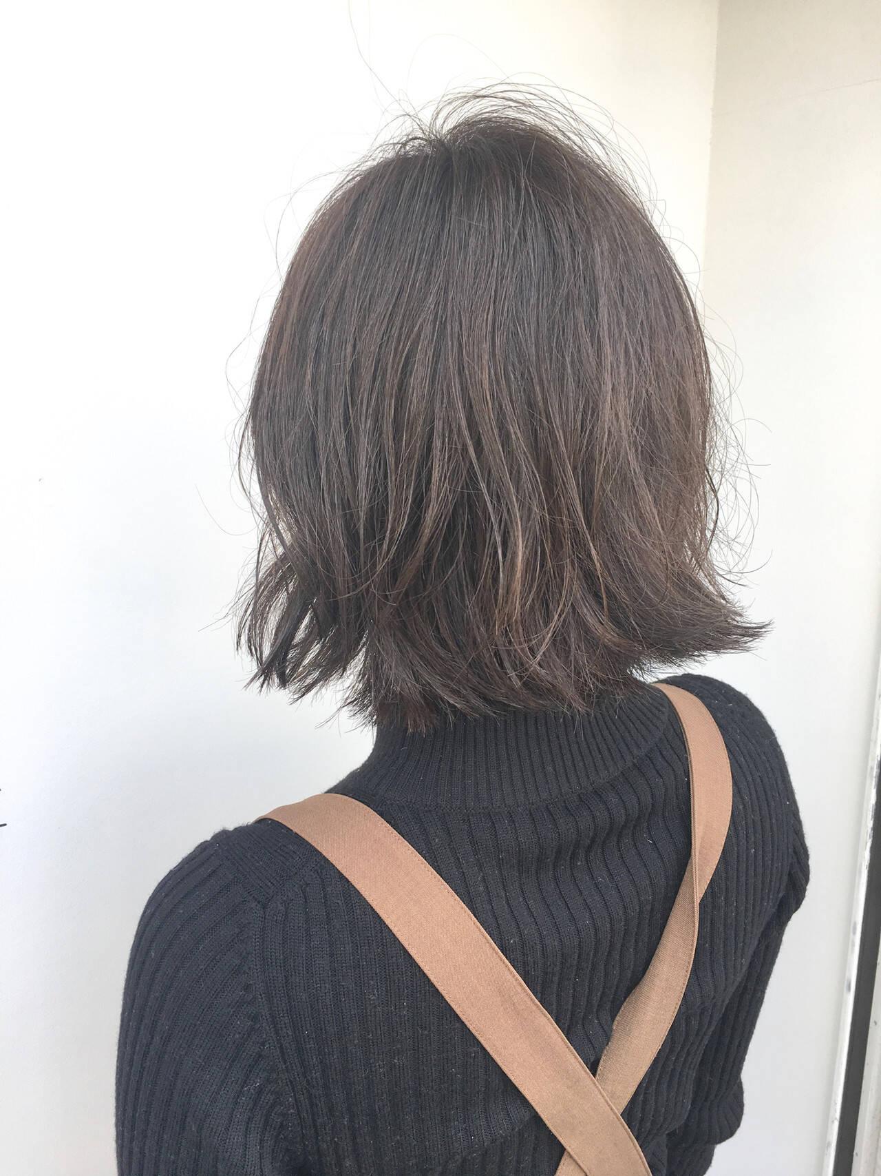 デート アンニュイほつれヘア ボブ ナチュラルヘアスタイルや髪型の写真・画像