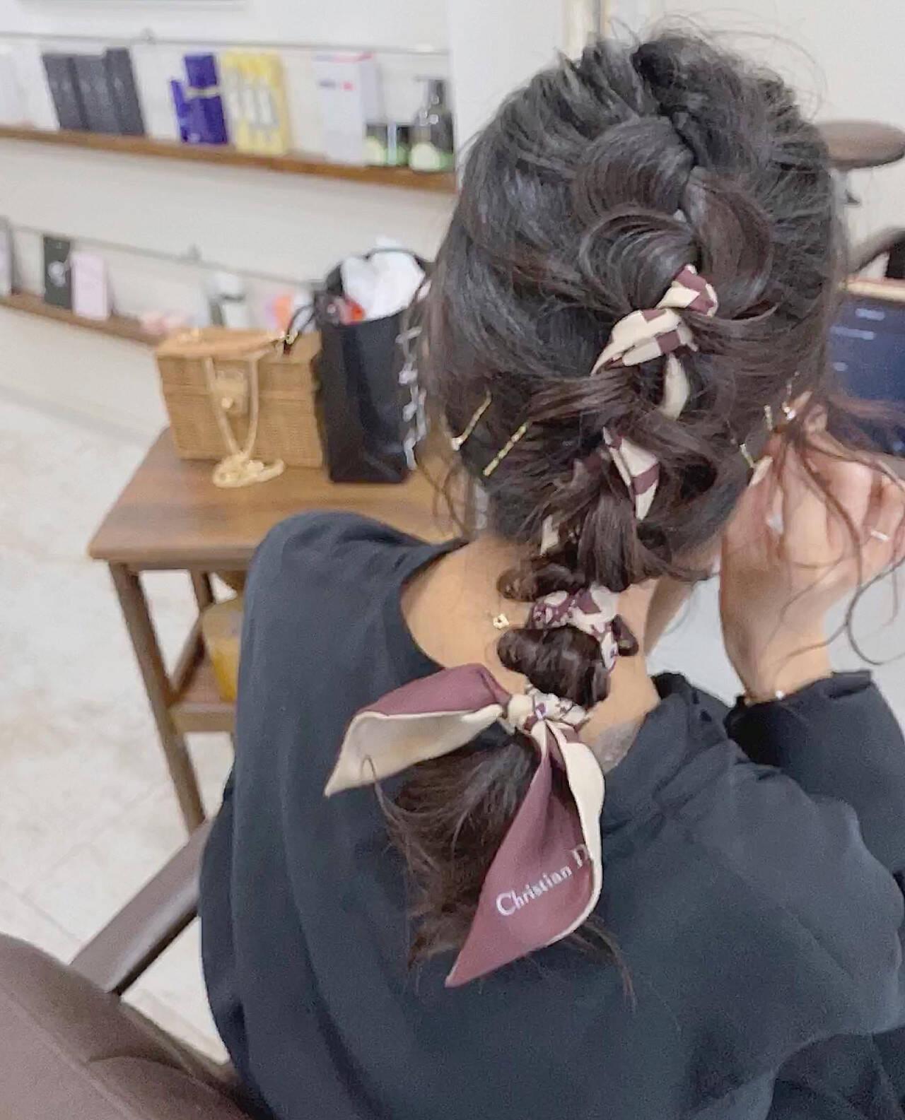 ヘアアレンジ ミディアム ガーリー スカーフアレンジヘアスタイルや髪型の写真・画像