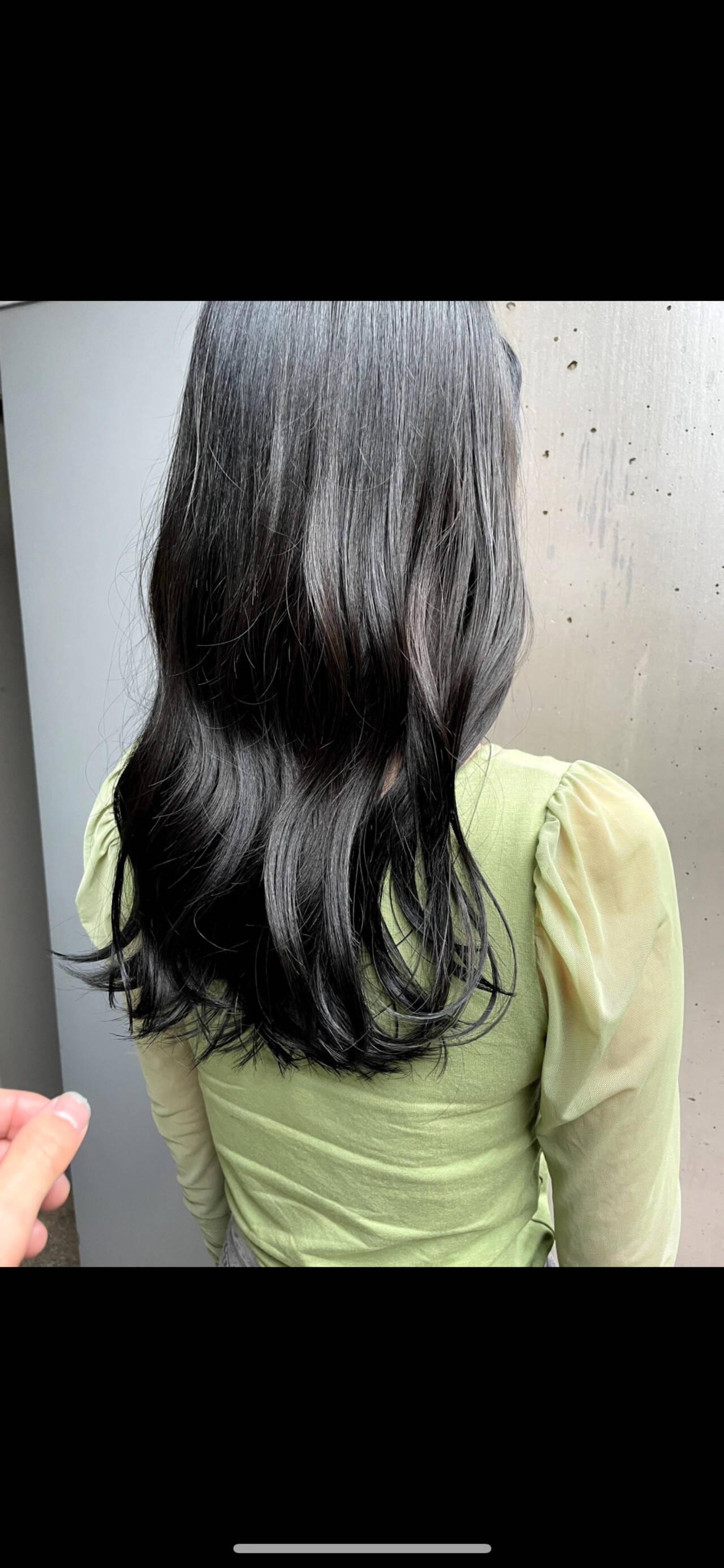 暗髪 ロング 暗髪女子 ナチュラルヘアスタイルや髪型の写真・画像