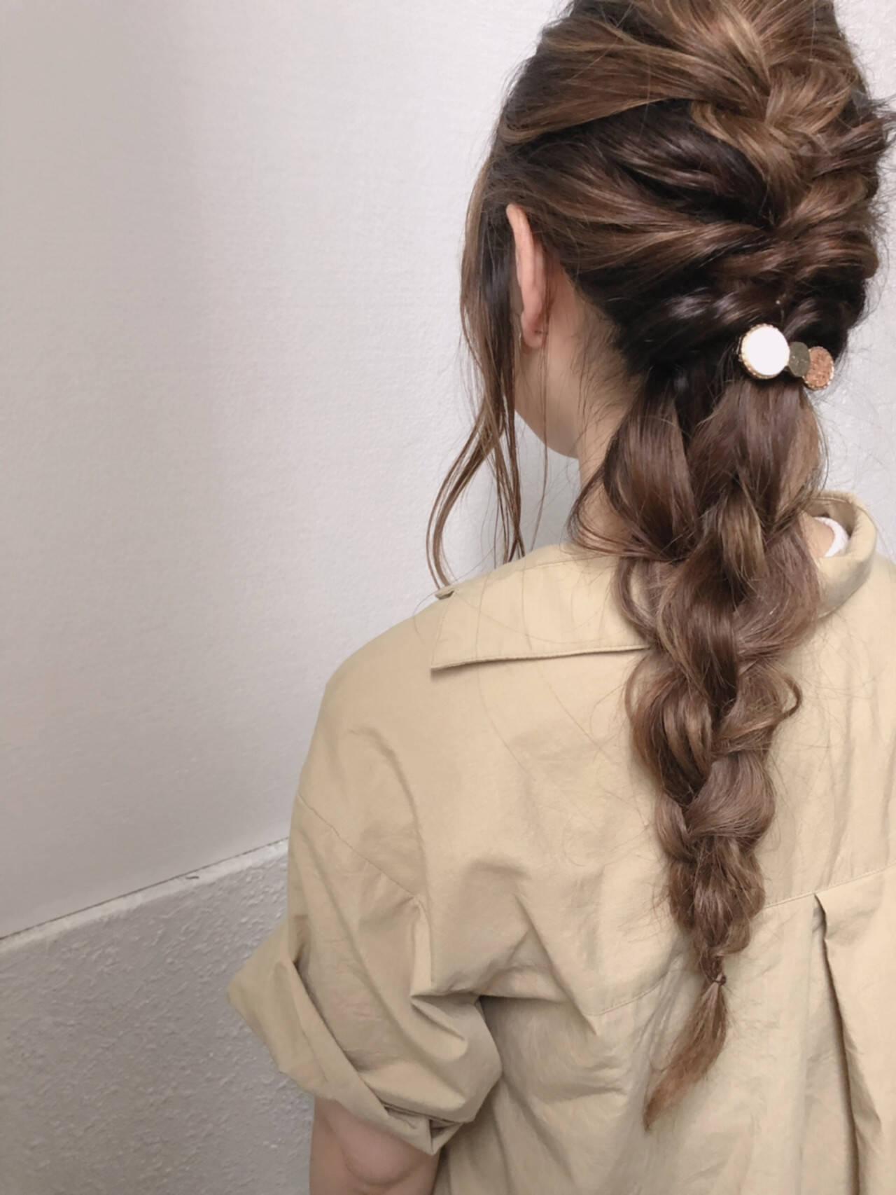 簡単ヘアアレンジ ナチュラル ロング デートヘアスタイルや髪型の写真・画像