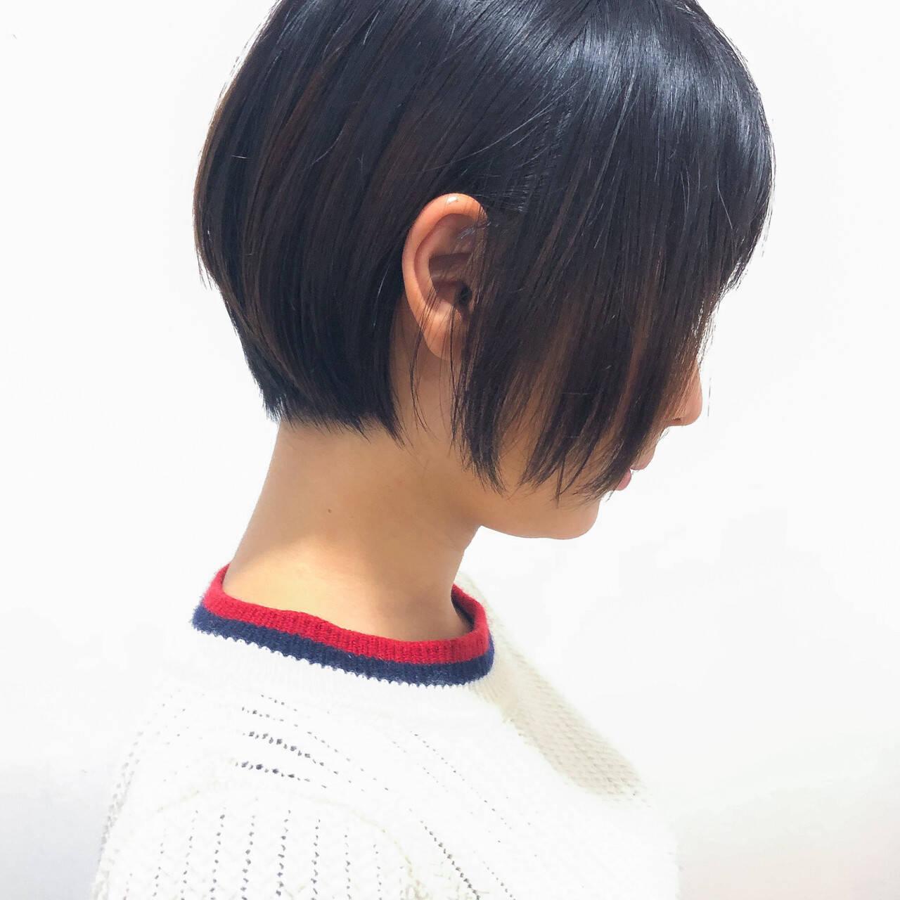 ショートボブ 黒髪 オフィス ショートヘアスタイルや髪型の写真・画像