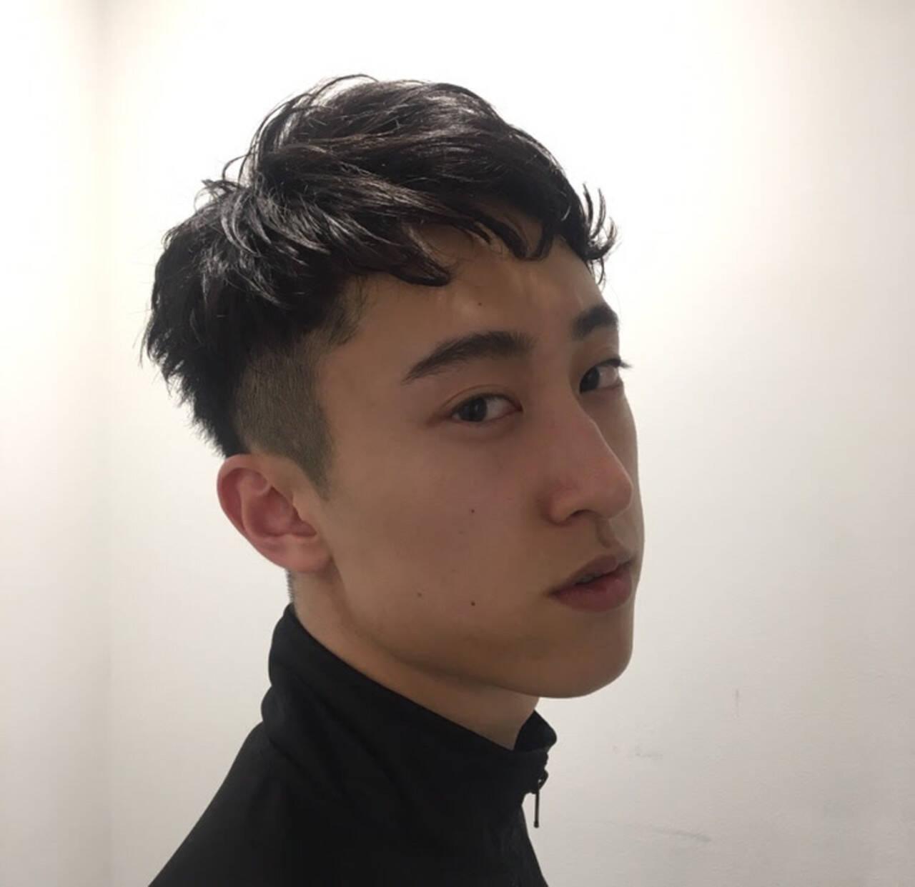 ツーブロック メンズカット ナチュラル メンズショートヘアスタイルや髪型の写真・画像