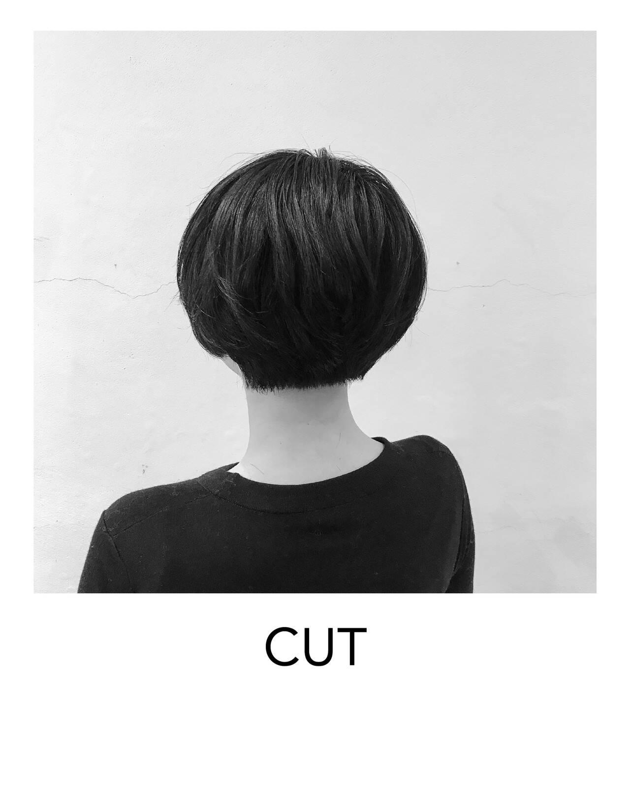 ナチュラル マッシュショート オフィス ヘアカットヘアスタイルや髪型の写真・画像
